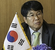<B>WOO YE-JONG<br> BUSAN PORT AUTHORITY</B>
