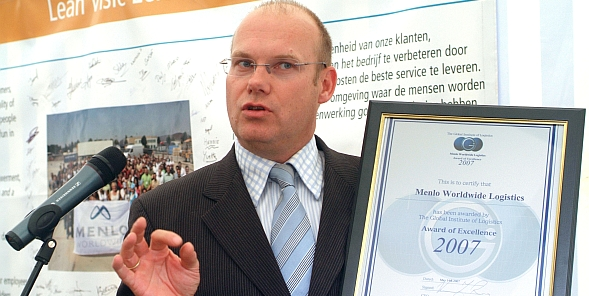 <b>CEO WITH CERTIFICATE</b>
